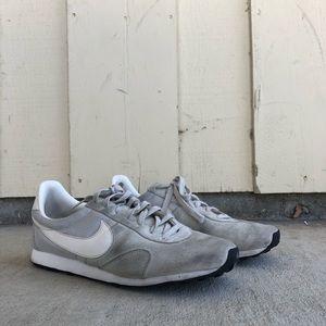 Nike Pre Montreal Racer Vntg Grey/White Size 10.5